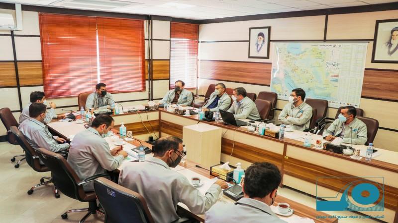 برگزاری جلسه ارزیابی عملکرد واحدها